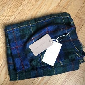 Plaid blanket scarf - new with tags